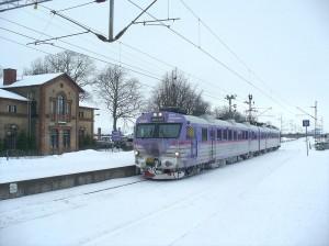 Pågatåg i ett snöigt Billeberga